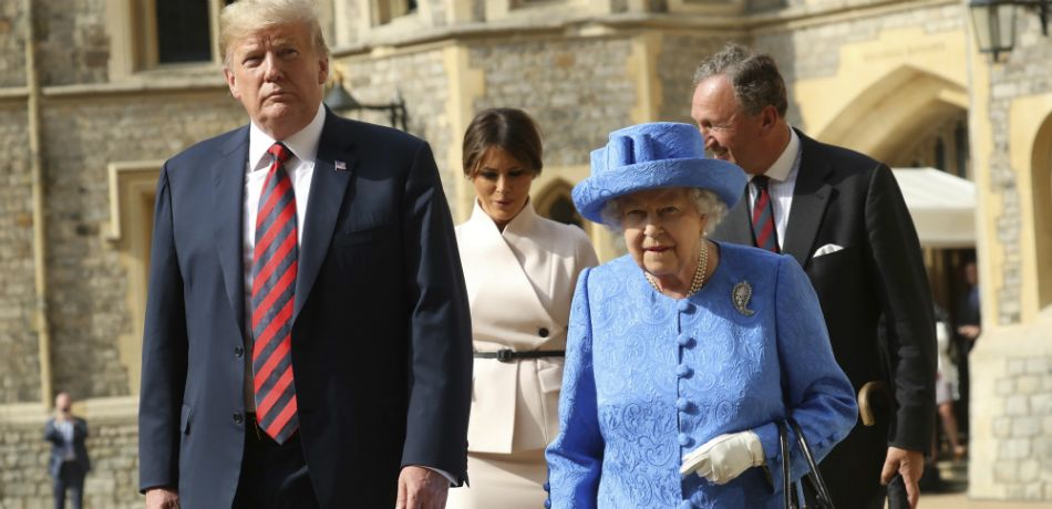 When the Queen posed with Melania and Donald Trump, someone forgot to remove the dog bowl before the photo was taken