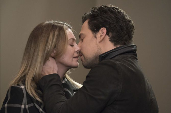 Ellen Pompeo and Giacomo Gianniotti as Meredith and DeLuca in Grey's Anatomy