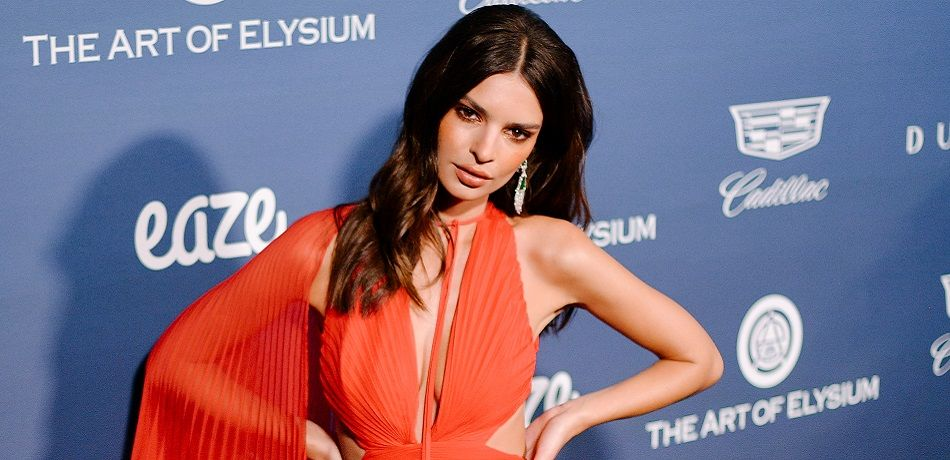 Emily Ratajkowski attends Michael Muller's HEAVEN, presented by The Art of Elysium on January 05, 2019 in Los Angeles, California.