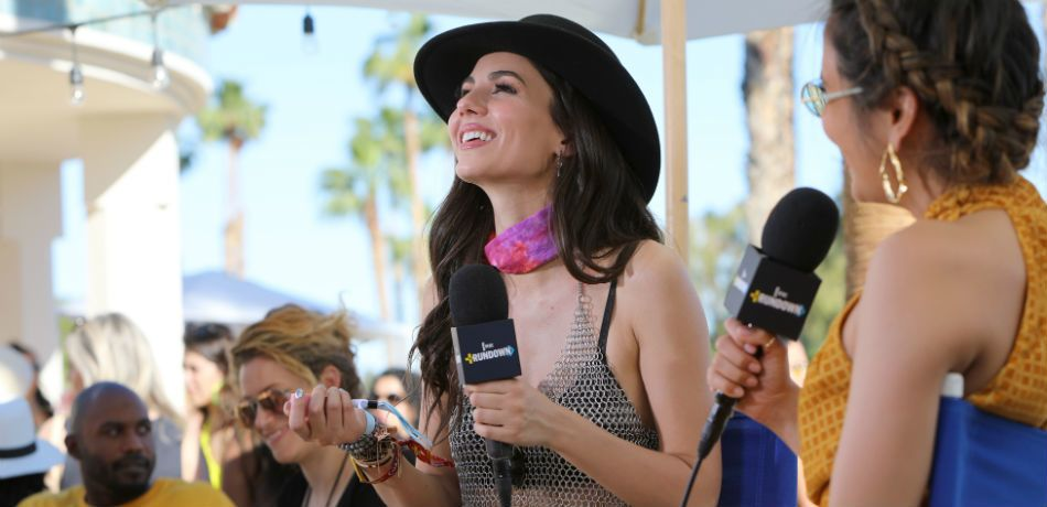 Victoria Justice Flashes Underboob In Tiny White Bra And Thigh-High Mini Skirt