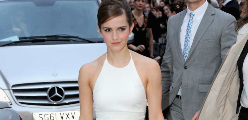 """Emma Watson attends the UK Premiere of """"Noah"""" at the Odeon Leicester Square on March 31, 2014"""