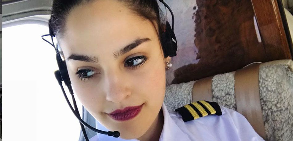 'World's Hottest Pilot' Ana Paula Cespedes Sends Instagram Into A Meltdown Over Her Sultry Selfie