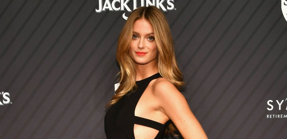 Kate Bock poses for a photo at a 'SI' event.