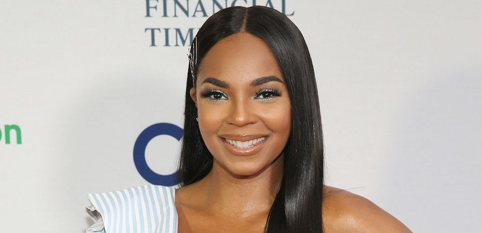 Ashanti attends the 2018 Room to Read New York Gala.